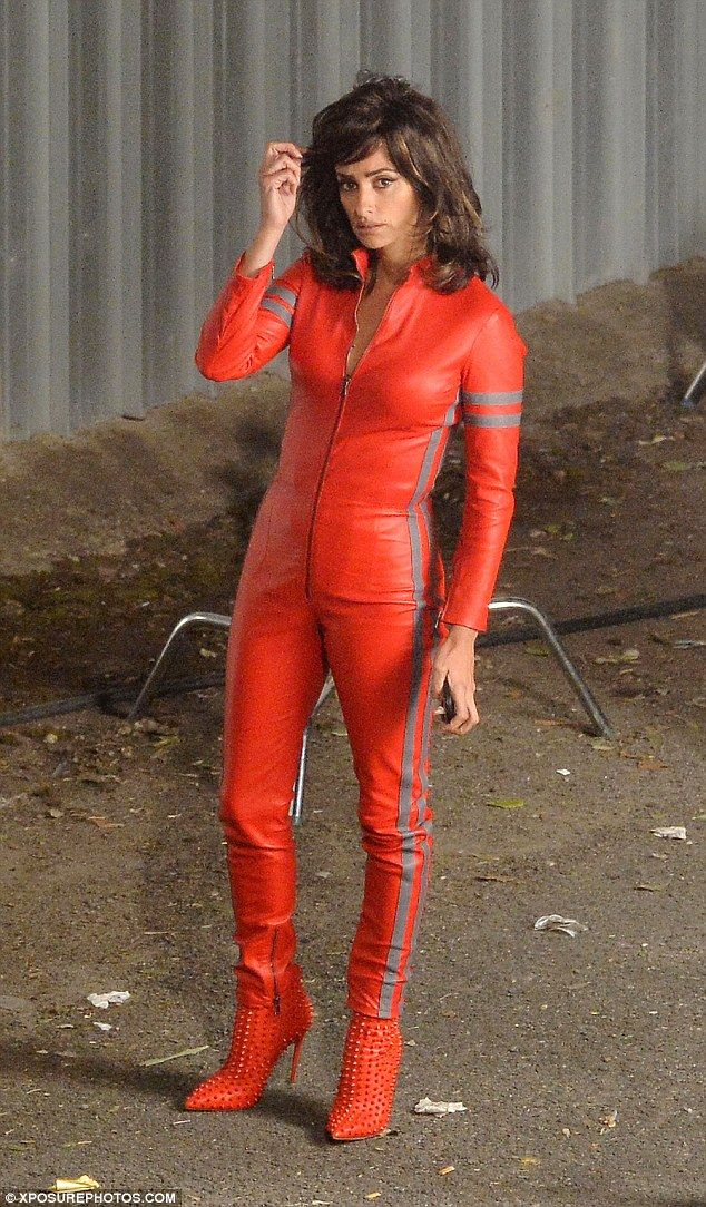 Penelope Cruz, 40, wows in red leather jumpsuit for new Zoolander ...