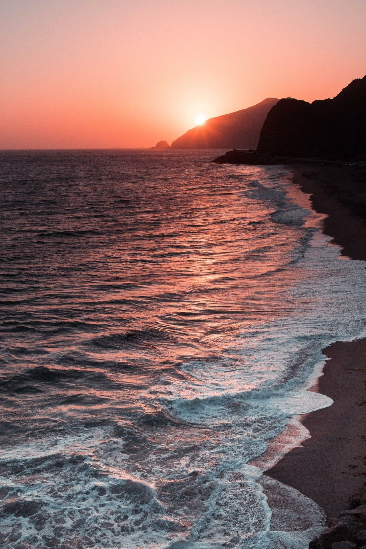 Pin By Melanie Morrow On Cool Pics Sunset Beach Pictures Sunset Pictures Beach Sunset Wallpaper