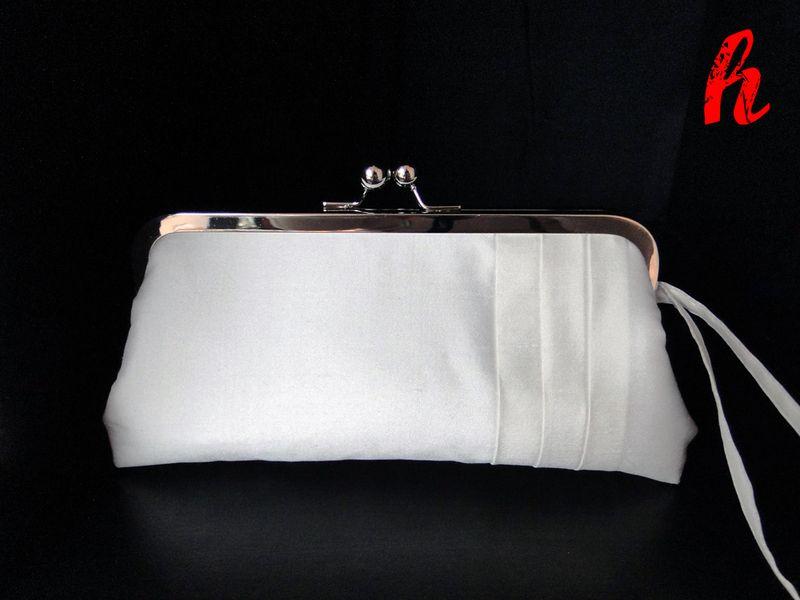 Brauttasche in freier Farbwahl, Clutch, Wristlet | Brauttasche ...
