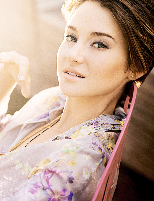 'All I want to do is wake up every single day and be the best version of myself and be so kind and compassionate toward others' - Shailene Woodley