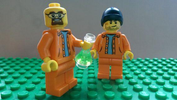 CUSTOM LEGO BREAKING BAD METH LAB WITH WALTER WHITE JESSE PINKMAN MINIFIGURES