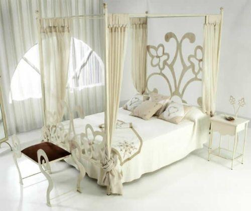 beige nuancen schlafzimmer himmelbett gardinen Einrichten und