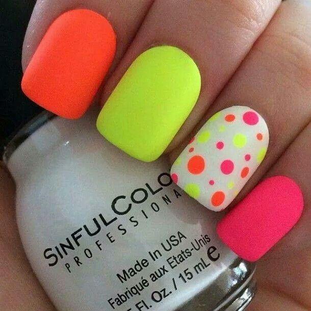Bright and funky ;)   love it   Pinterest   Diseños de uñas, Esmalte ...
