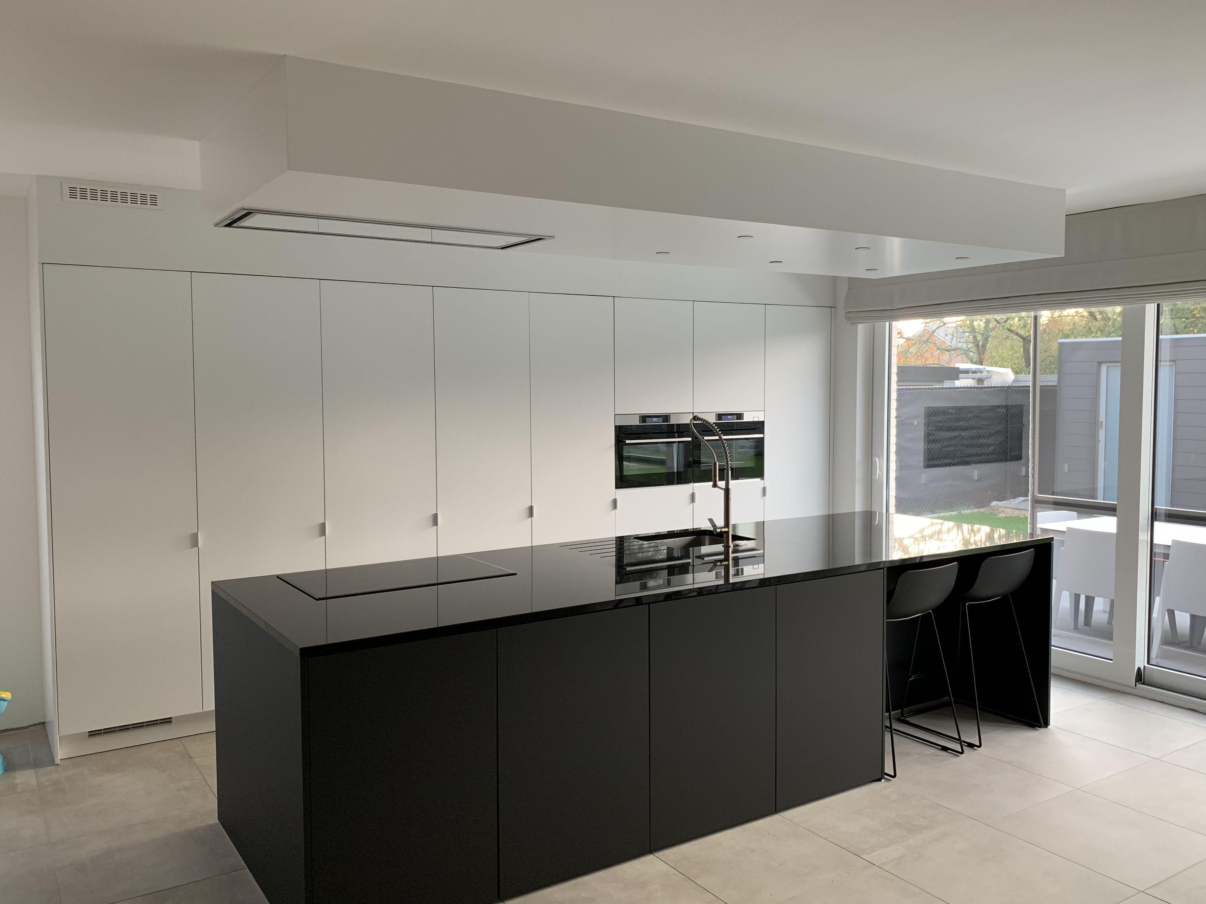 Moderne Wit Zwart Keuken Zwart Eiland Black White Kitchen Keuken Keuken Ontwerpen Witte Keuken Moderne Keukens