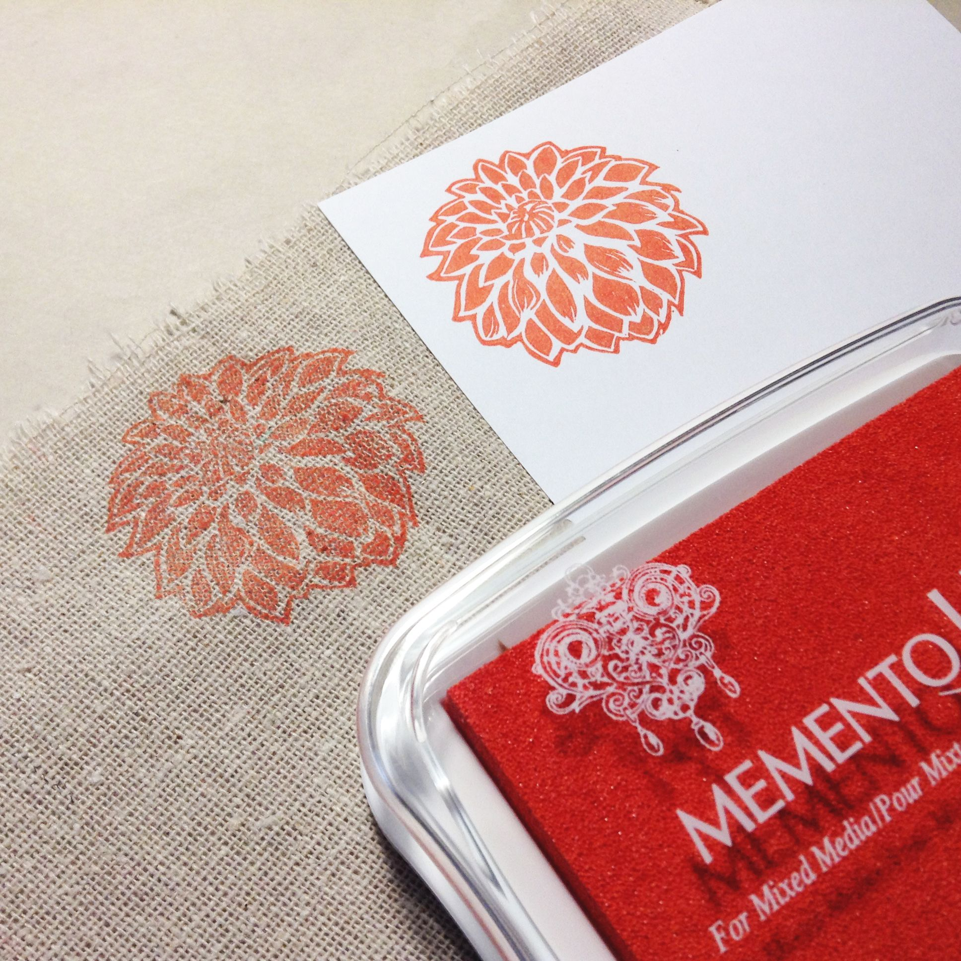 Testing Memento Luxe Morocco Ink Pad On Fabric CMonquiShop