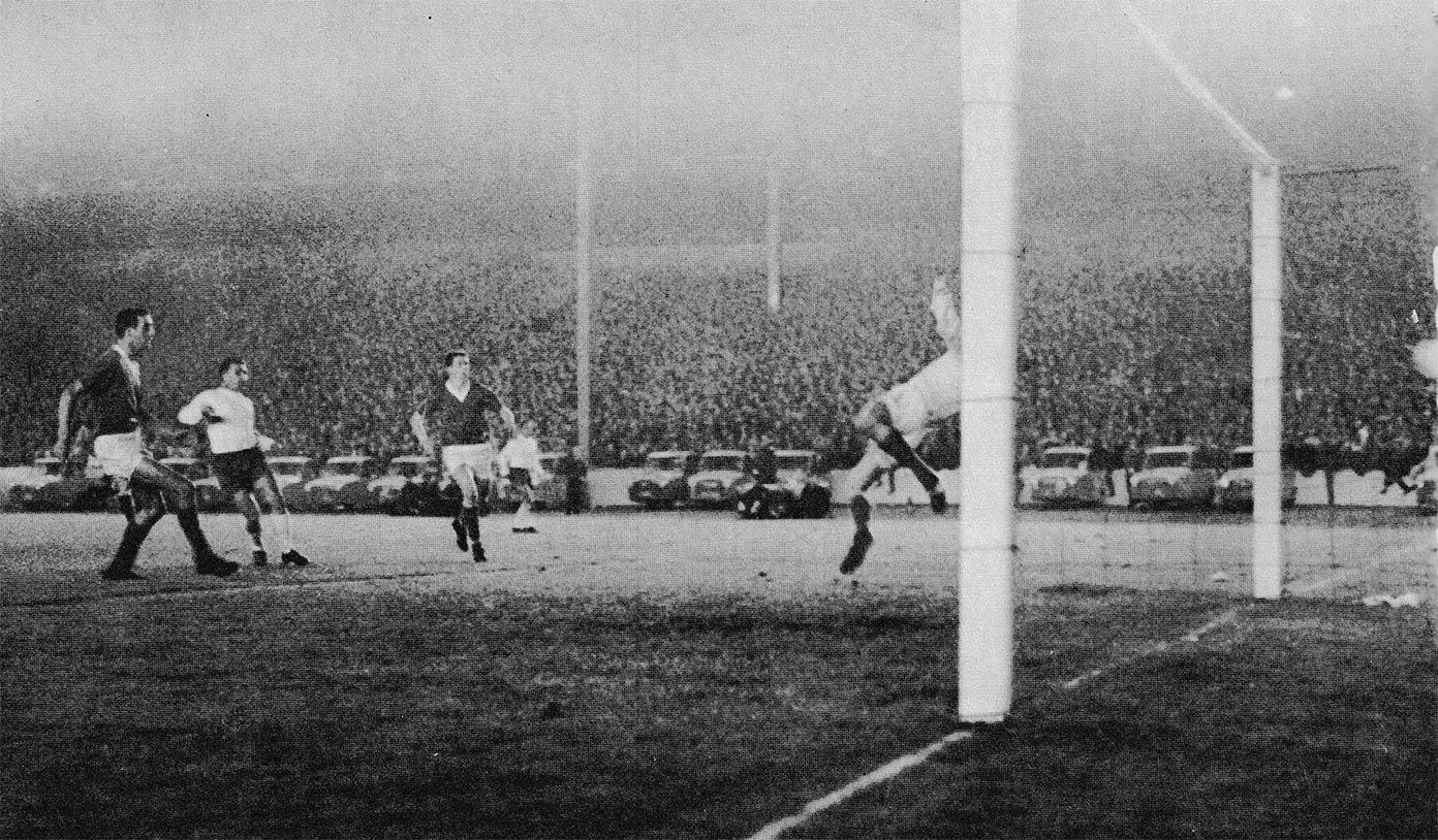 25th September 1963 Real Madrid Forward Ferenc Puskas Scoring The Only Goal Of The Game Past Rangers Goalkeeper Bi Dundee United Real Madrid Sports Photograph