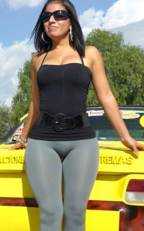 Sexy chicks in spandex