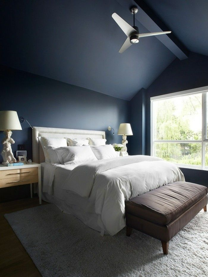 Uberlegen Wunderschönes Modell Schlafzimmer Farbe Petrol Weiße Bettwäsche