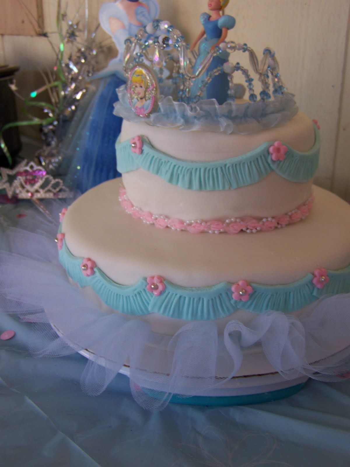 cinderella cake I will be passing this along to my sister in law