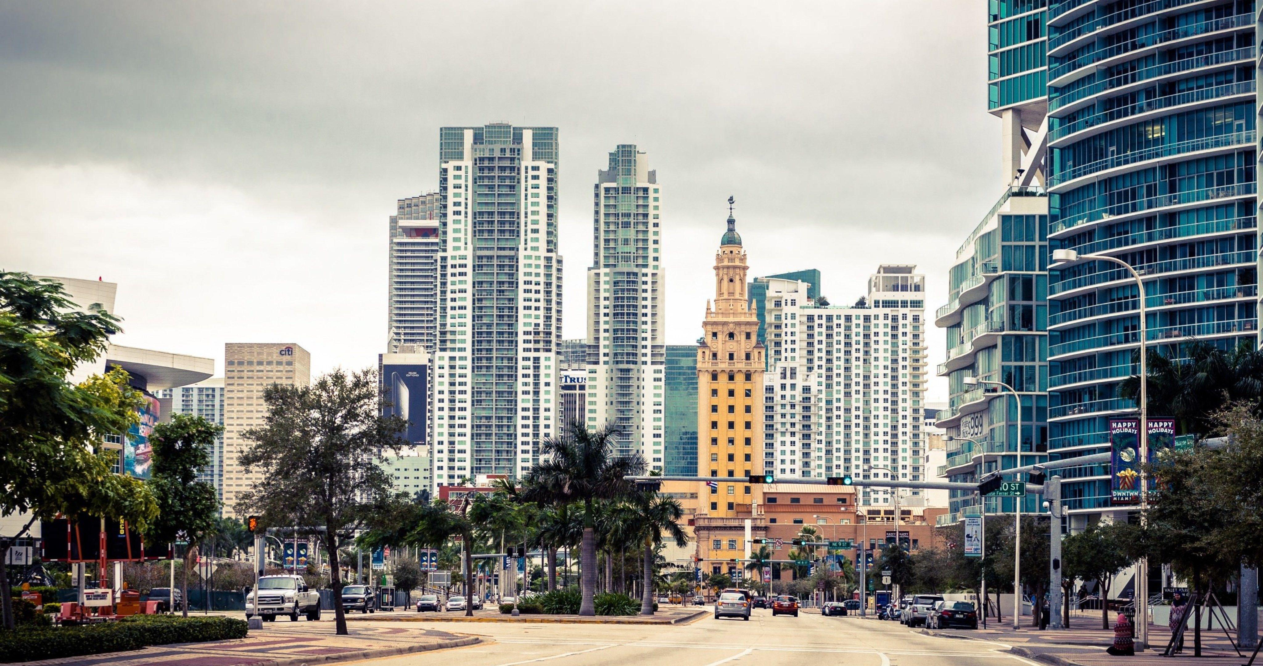 Street In Miami Florida 4k Ultra Hd Wallpaper Miami City