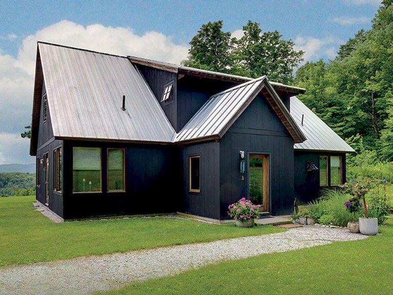 48 Beautiful Rustic Farmhouse Exterior Design Ideas Farmhouse Exterior Exteriordesign Exteriord Exterior Design Farmhouse Exterior Exterior Siding Options