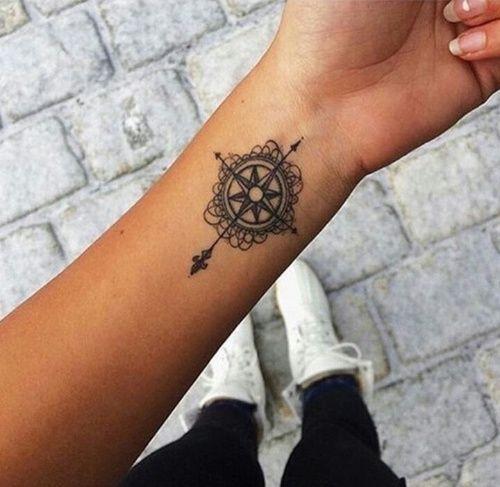 kompass mandala kreuz one day kompass tattoo. Black Bedroom Furniture Sets. Home Design Ideas