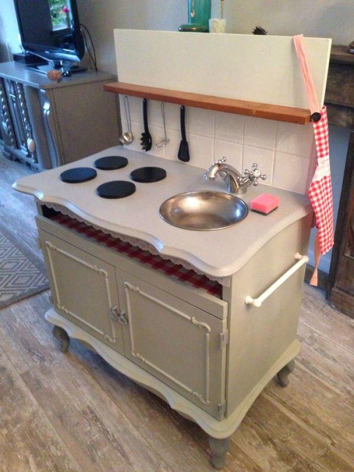 keukentje van een oud tv kastje voor een lief meisje!   DIY Play Kitchen   Pinterest   Diy play