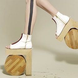 Benoît Méléard's architectural shoes. His latest collection is a tribute to 50s American designer Beth Levine.