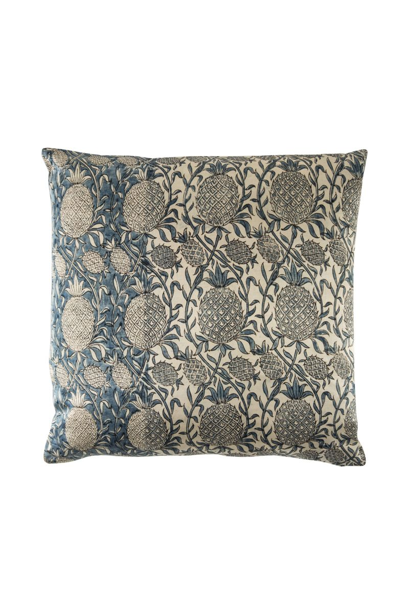 Ananas Jaal Zubeida Mushru Cushion
