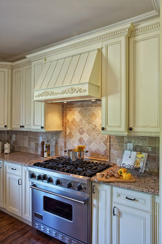 built in range hood devon recessed panel kitchen cabinets кухня