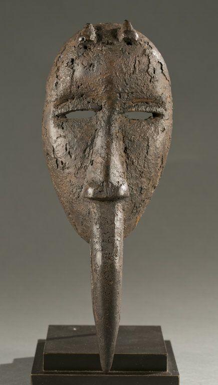 Dan mask with avian beak, 20th c.