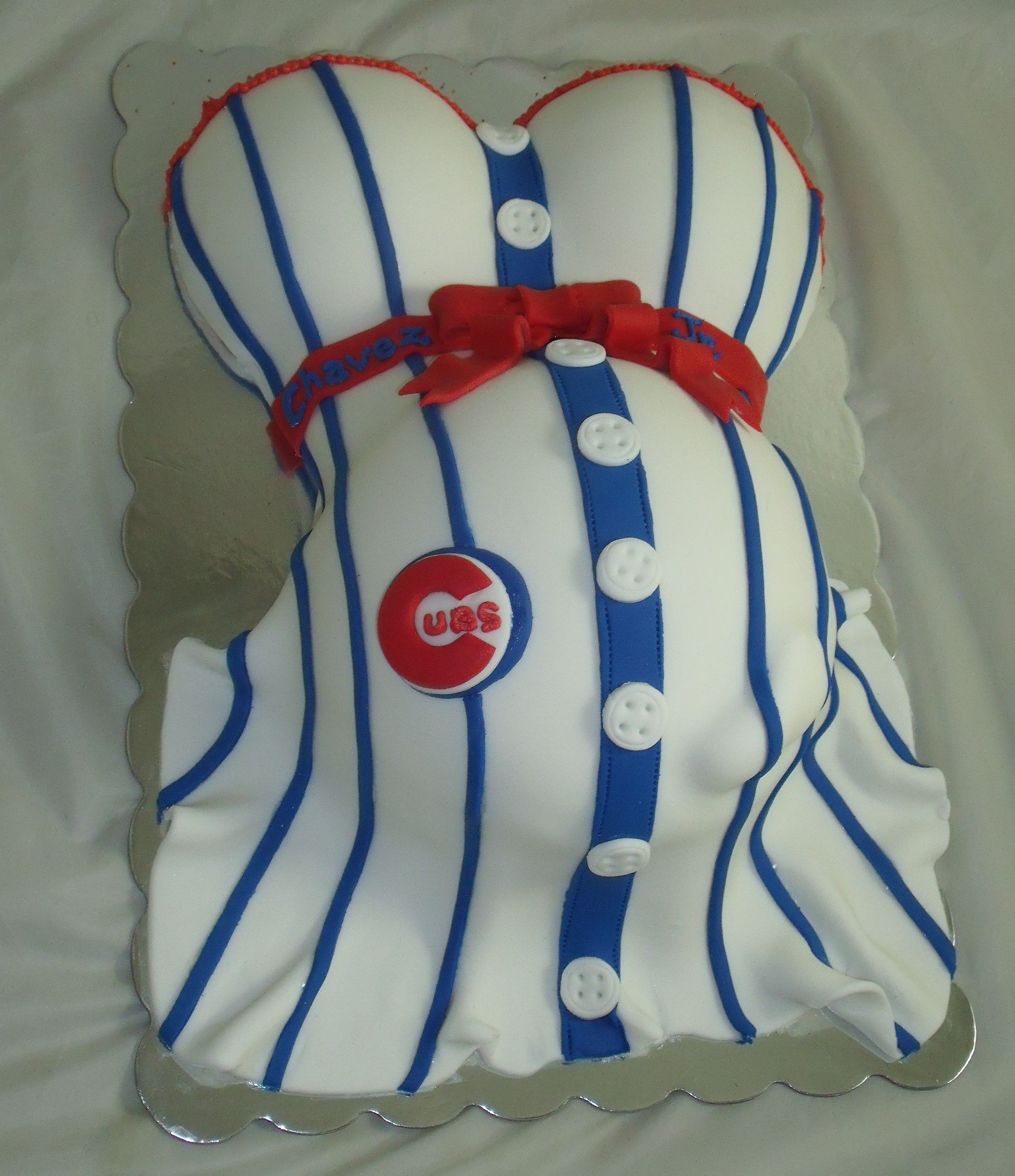 Chicago Cubs Belly Cake Www.creativecakesbykeekee.com