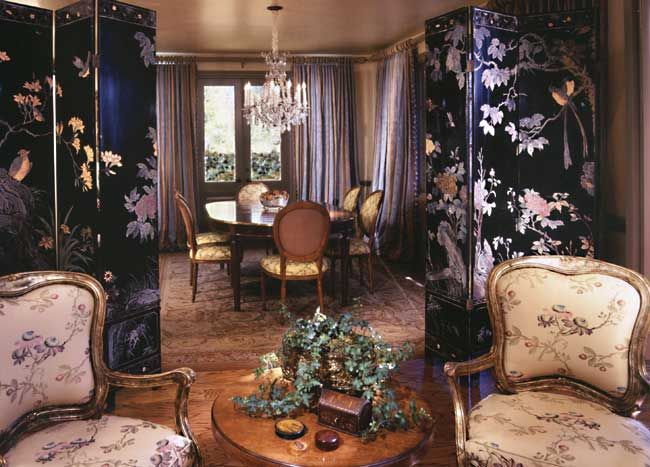 The beautifully painted screens - Chinese? Tommy Chambers Interiors