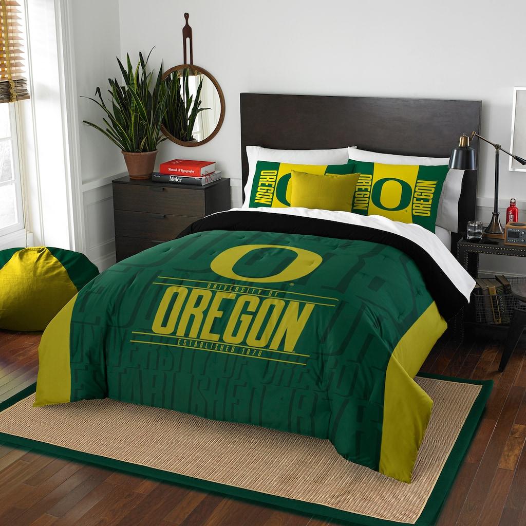 Oregon Ducks Modern Take Full/Queen Comforter Set by