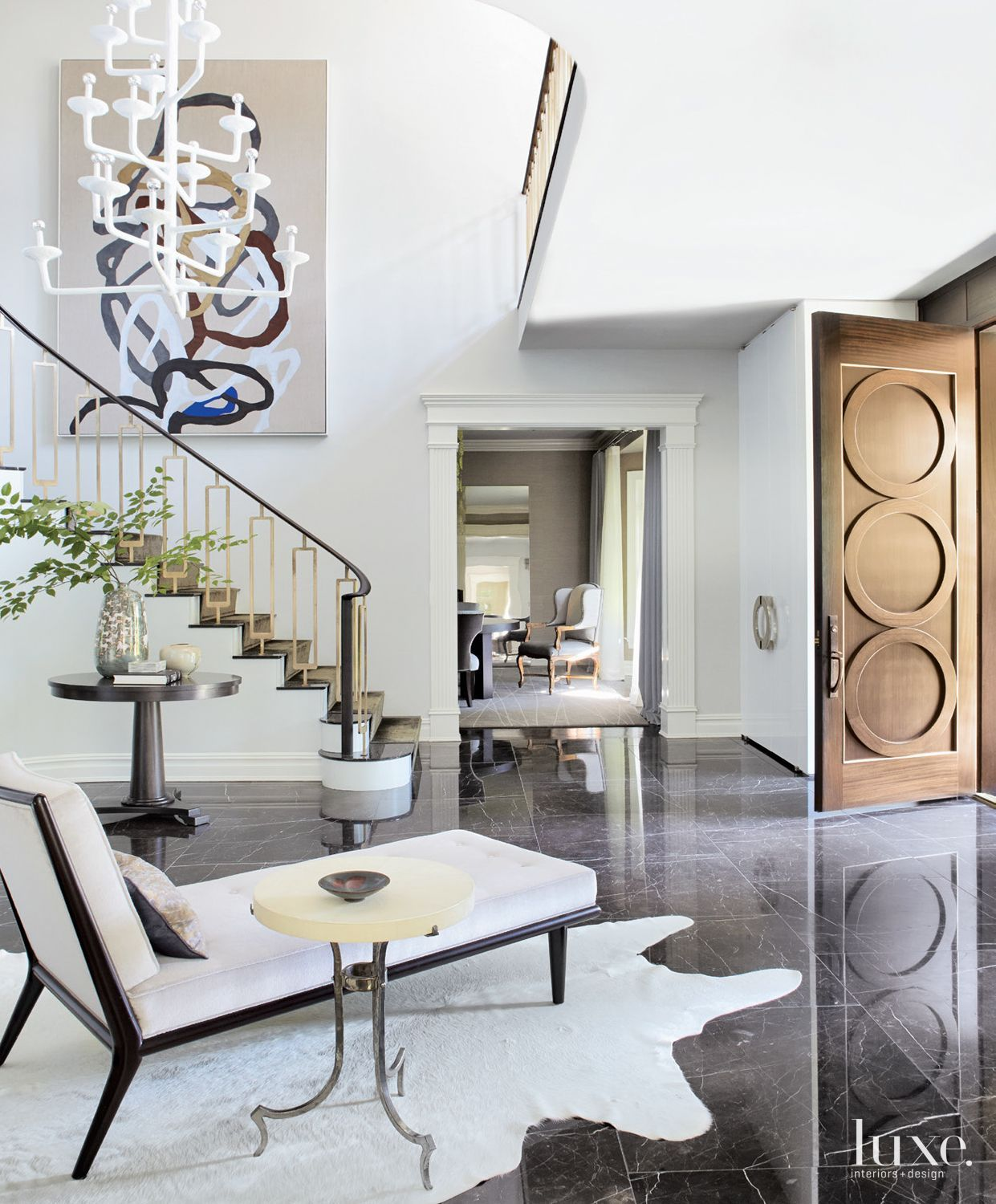 33 Staircase Designs Enriching Modern Interiors With: 35 Foyers With Statement Art Pieces In 2019