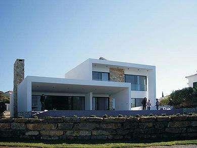 Golf Course Living Getting an Upgrade from Grosfeld Van Der Velde #architecture trendhunter.com