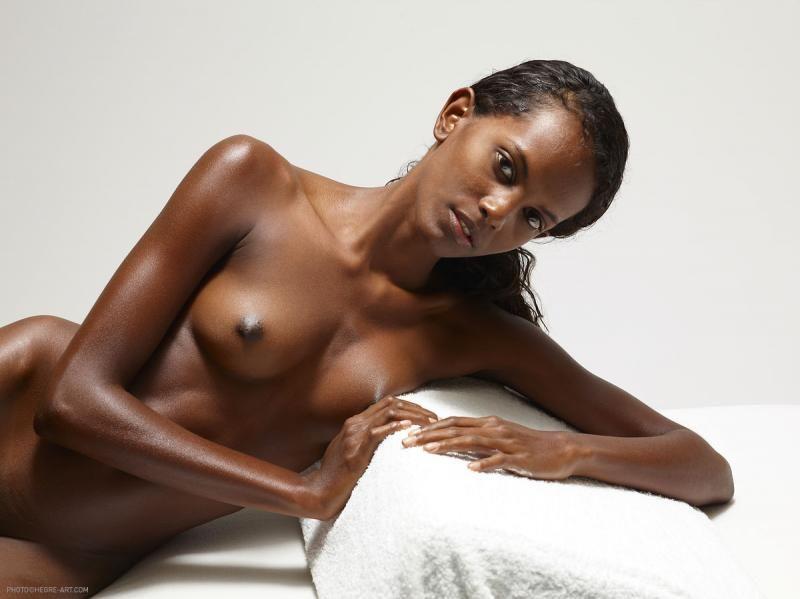 Skinny Black Girls Nude Pics