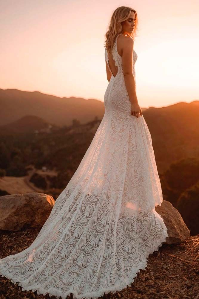 Elegant Beach Wedding Dresses For The Unforgettable Big Day Wedding Dresses Wedding Dresses 101 Perfect Wedding Dress