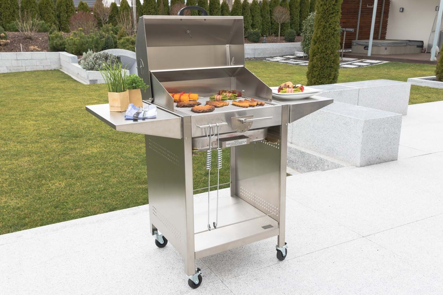 Outdoor Küche Holzkohlegrill