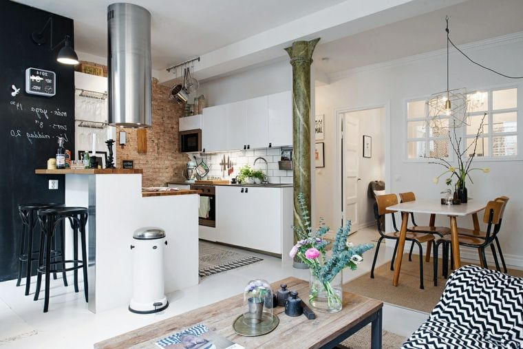 Moderno Open Space Cucina Con Isola Bianca Grande Cappa Acciaio Inox
