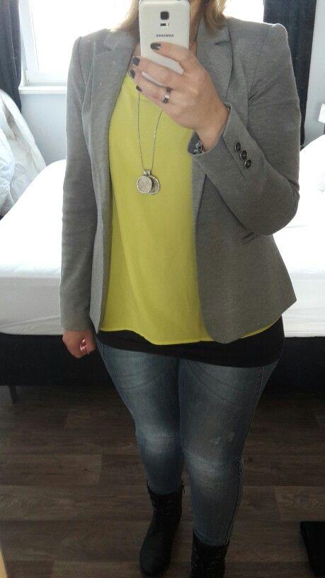 Grijze blazer! Top outfit!