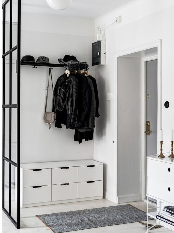 Photo of Ingresso decorato in bianco e nero – idee d'arredo