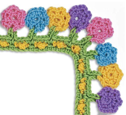 border..  crocheted flowers. So cute!! <3
