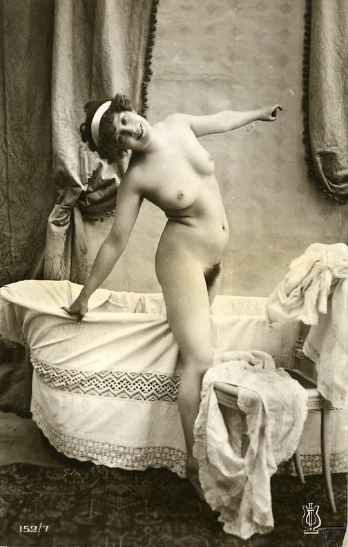Old time nudist