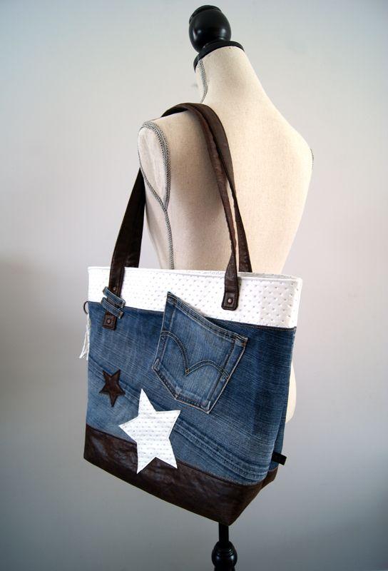Petit tuto couture DIY Rêves de Coton pour couturière débutant, réalisez un sac simple avec un vieux jean récupéré et du simili cuir. #vieuxjeans