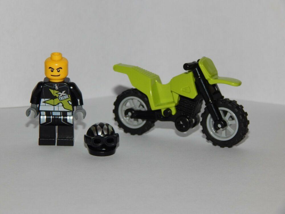 LEGO New City Blue Dirtbike Minifigure Motorcycle Bike Accessory