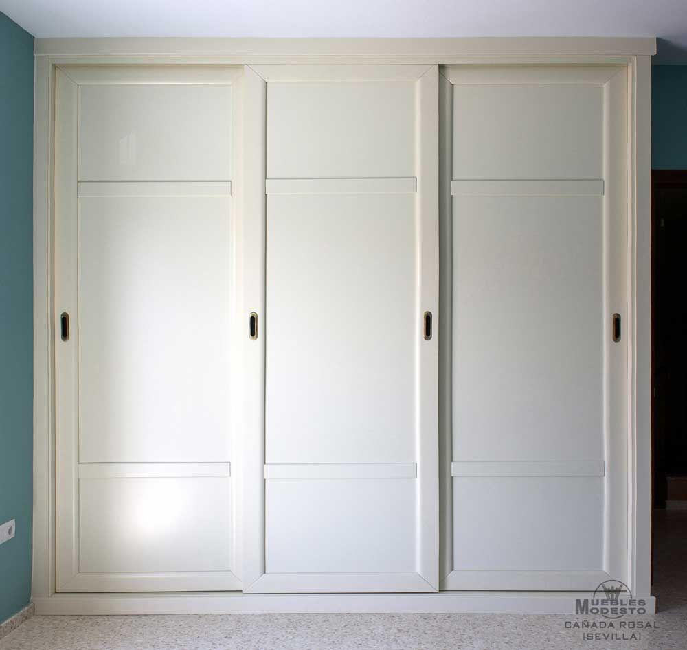 Armario empotrado de puertas correderas en color blanco for Armario de dormitorio blanco barato