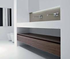antoniolupi mobile sospeso con piano in corian e lavabo fuso colore ...