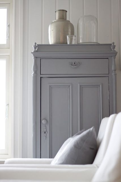 Beautiful pine cabinet, painted in grey This is ideal for storing