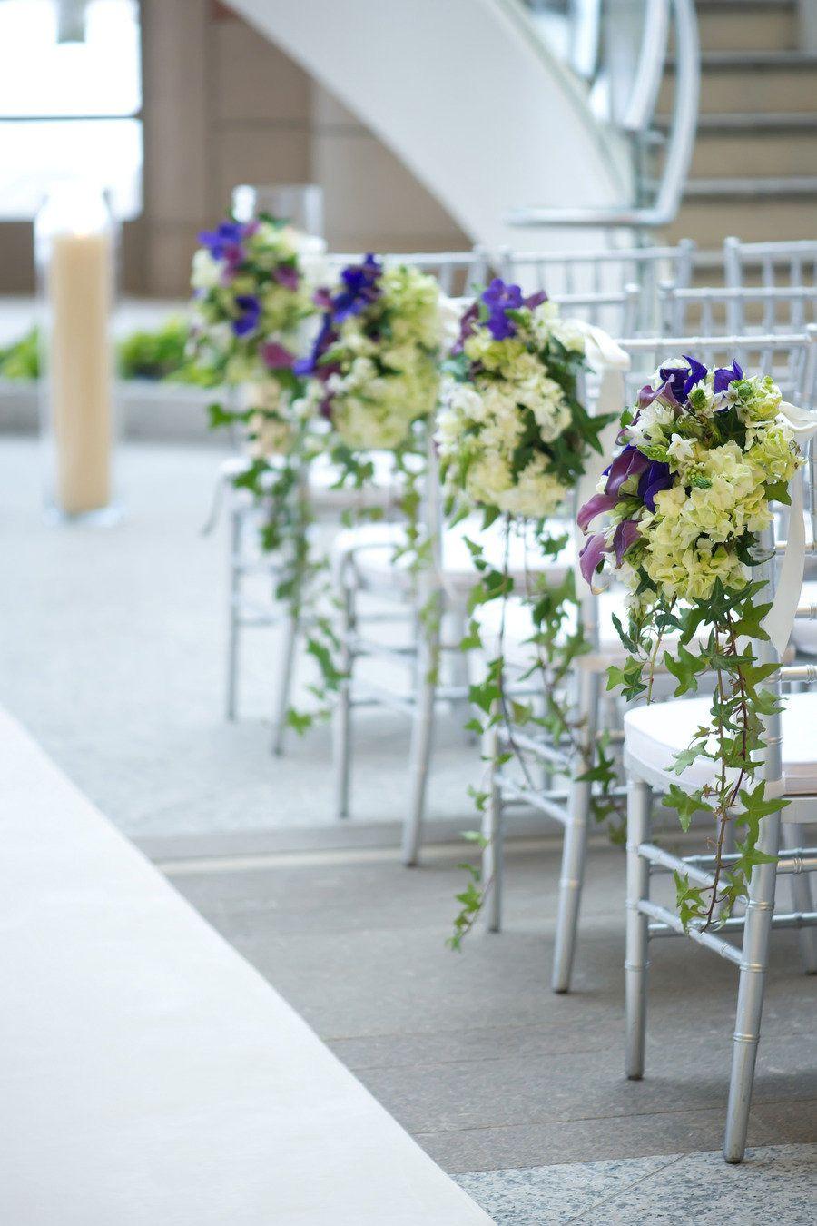Isle florals. Floral design: Winston Flowers. Photo credit: Leah Haydock.