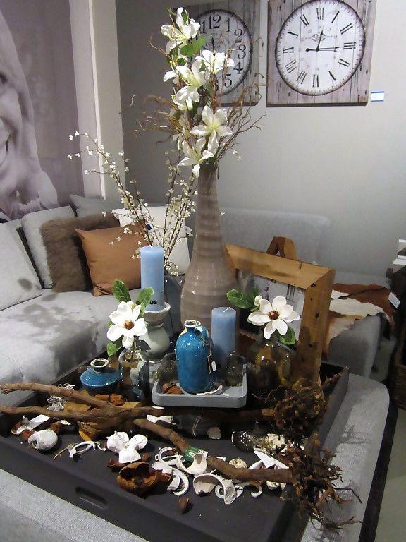 Decoratie styling inspiratie bloemen vaas fotolijst for Bloemen decoratie