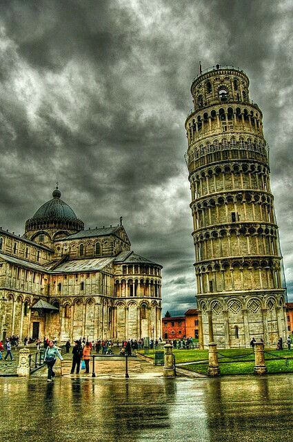 foto de Pisa Italy A great place to have wine Viajes Viajar a