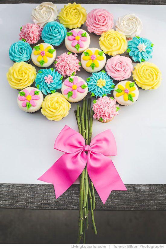 Pull Apart Cupcake Cakes Lots Of Cute Ideas   Pull apart cupcake ...