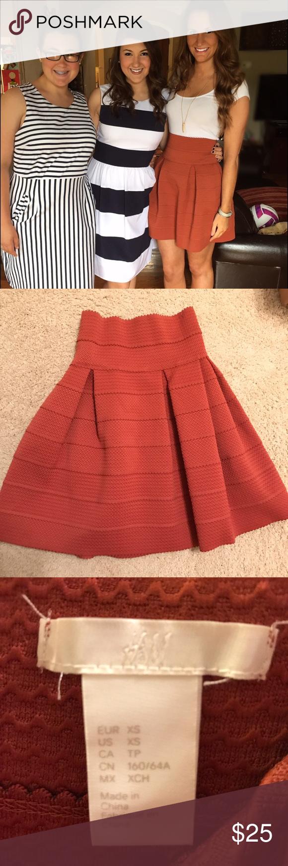 536f5385e HM high waisted skirt Burnt orange and very flattering! H&M Skirts Midi