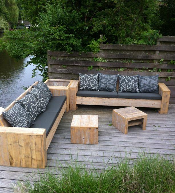 Heerlijke banken, plantenbak en tafeltjes #palettengarten