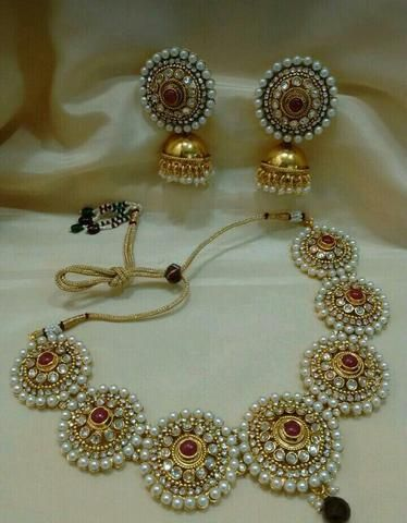 Kundan necklace and earrings