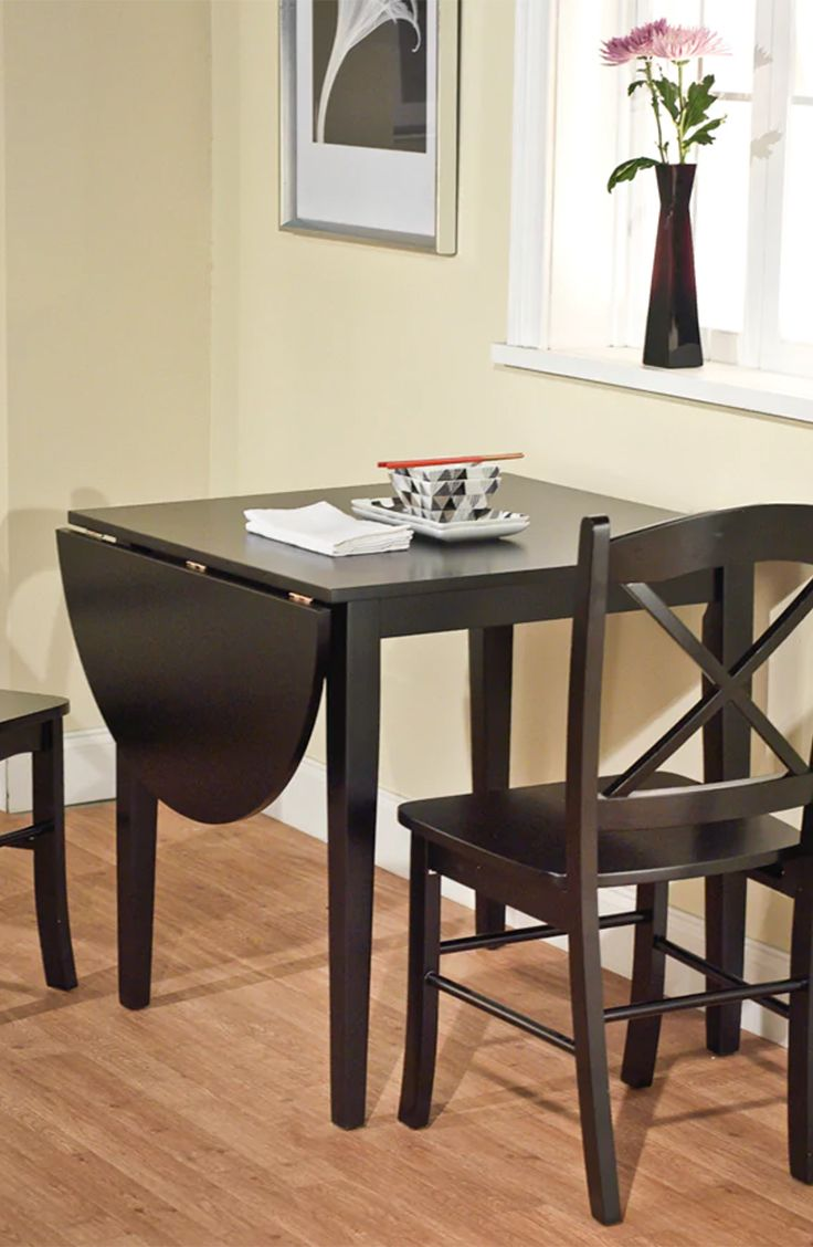 Drop Leaf Tables A Drop Leaf Table Has A Similar Function To An Expandable Table But Many Drop Le Dining Room Sets Dining Table Setting Dining Furniture Sets