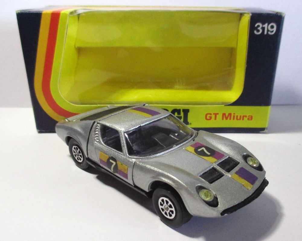 319 P400 GT Miura 1973 Whizzwheels MIB