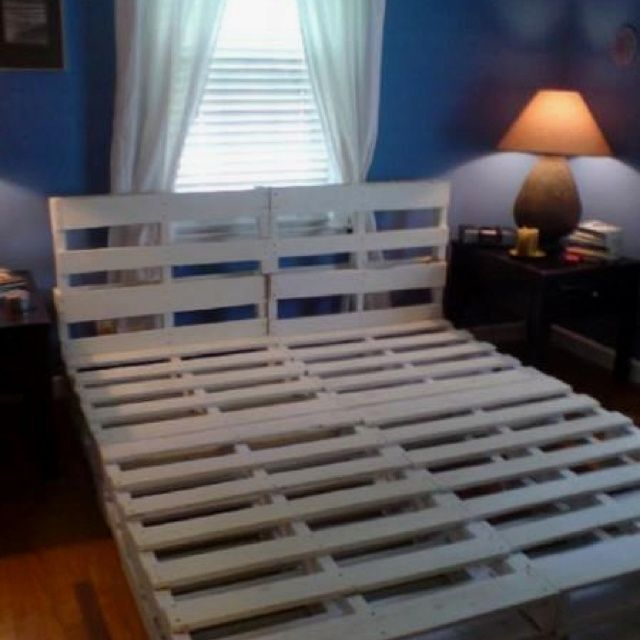 Bed frame out of skids recycled bed frame made from for Recycled pallet bed frame