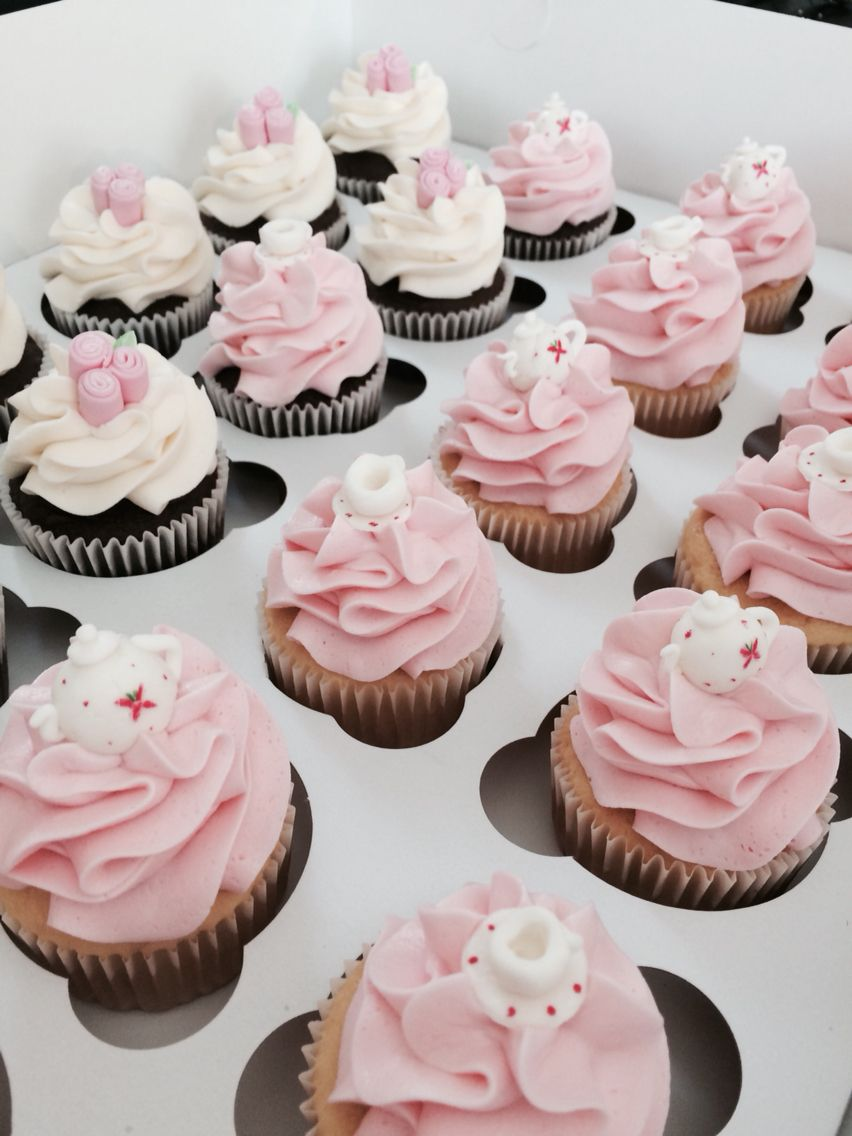 Custom Cupcakes By Me Kerber S Kupcakes Pinterest